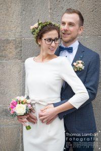 Hochzeit, Trauung, Böblingen, Standesamt, Braut, Paar, Strauss, Bräutigam, weiß